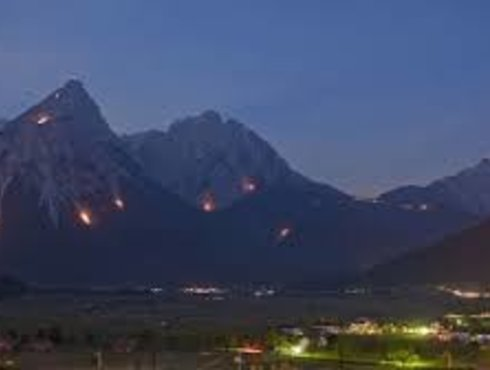 Brauchtum Bergfeuer Ehrwald