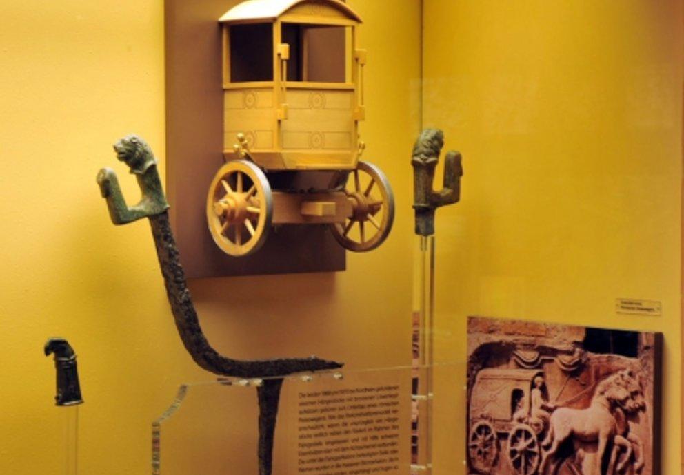 Wagenteile im archäologischen Museum Donauwörth, Foto Stadt Donauwörth