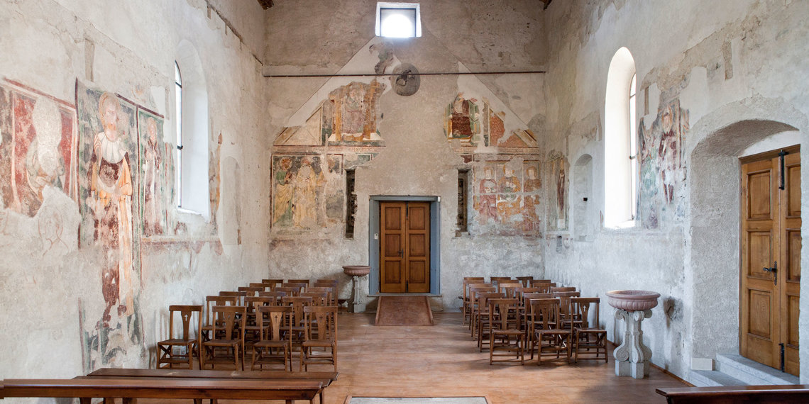 interno chiesa 2014