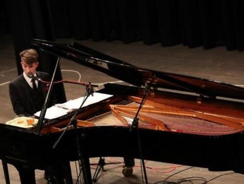 Benefiz Konzert Klavier Latsch