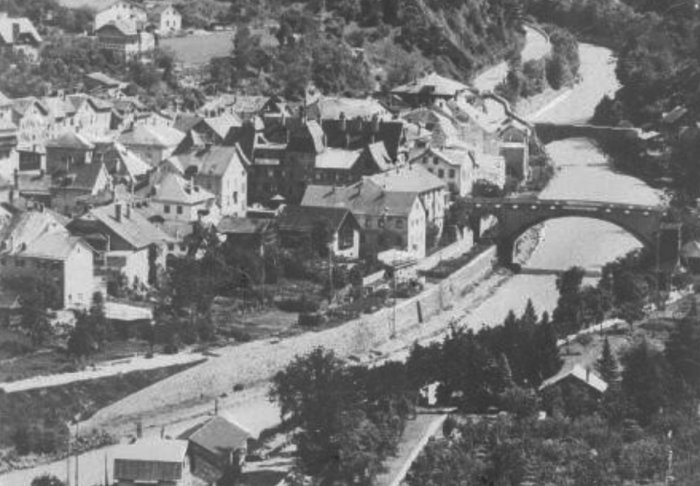 Foto Landeck mittel nah von Norden