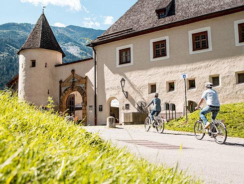 Herbst Sommer Tirol West ebike Genusswandern