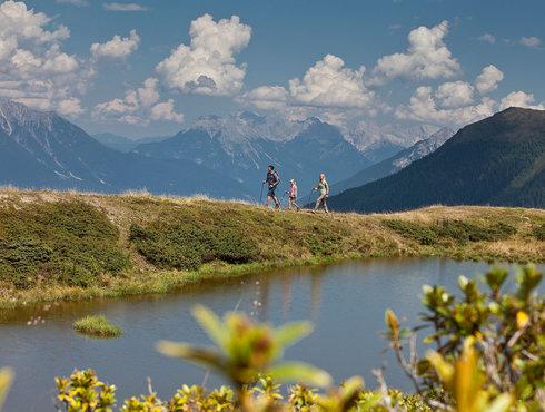 Herbst Sommer Tirol West Familienwandern Venet