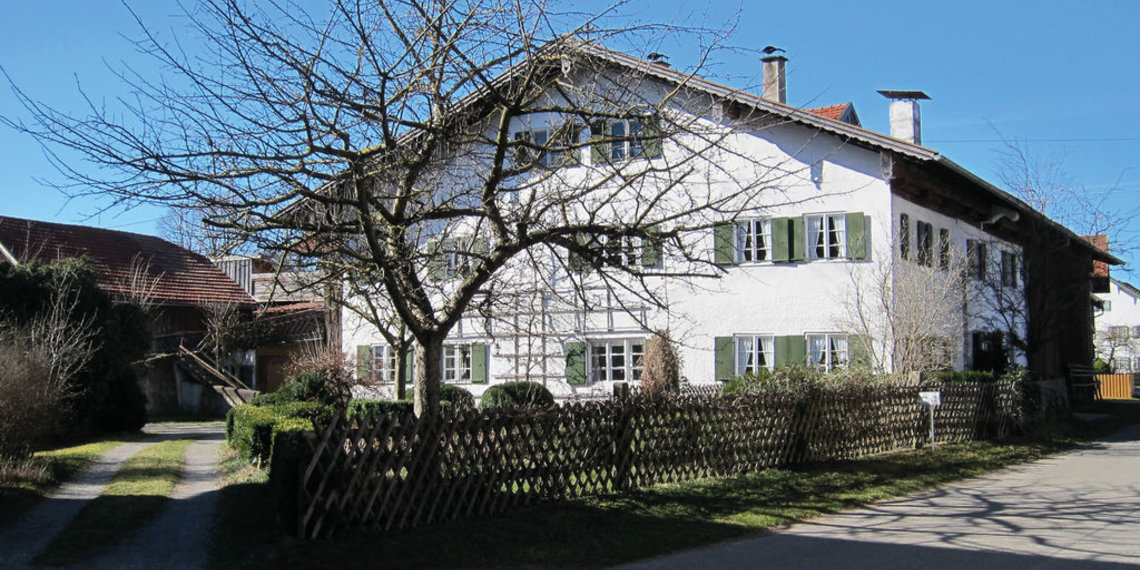 Burggen Bauernhof Baum St Anna Strasse Pfaffenwinkel, Foto Via Claudia Augusta