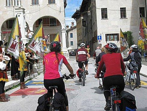 Feltre Piazza Maggiore Rad Bici