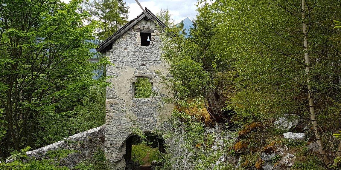 Ruine Kronburg Zams