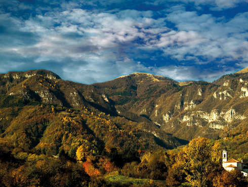Vor den Dolomiten Parcon Nazionale Dolomiti