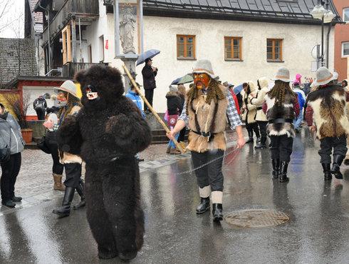 Imst Schemenlaufen Bärengruppe