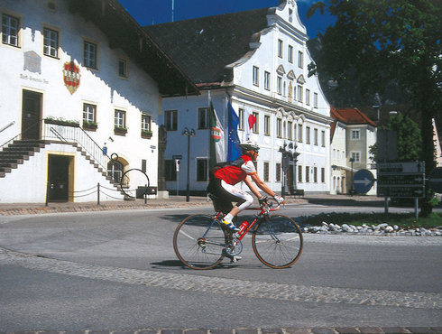 Rennradfahrer Kreisverkehr Untermarkt, Foto Anton Vorauer