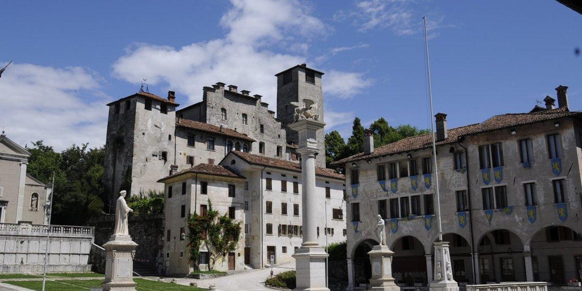 Casa Novecento Feltre Piazza Maggiore