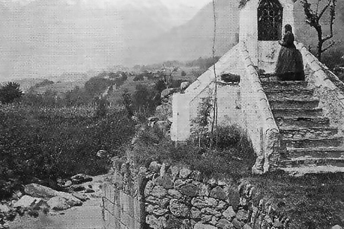 Bildstock Auf Mittelalterlichem Brückenkopf In Algund 1900
