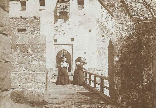 Burg Runkelstein, Foto: Wikipedia Gemeinfrei