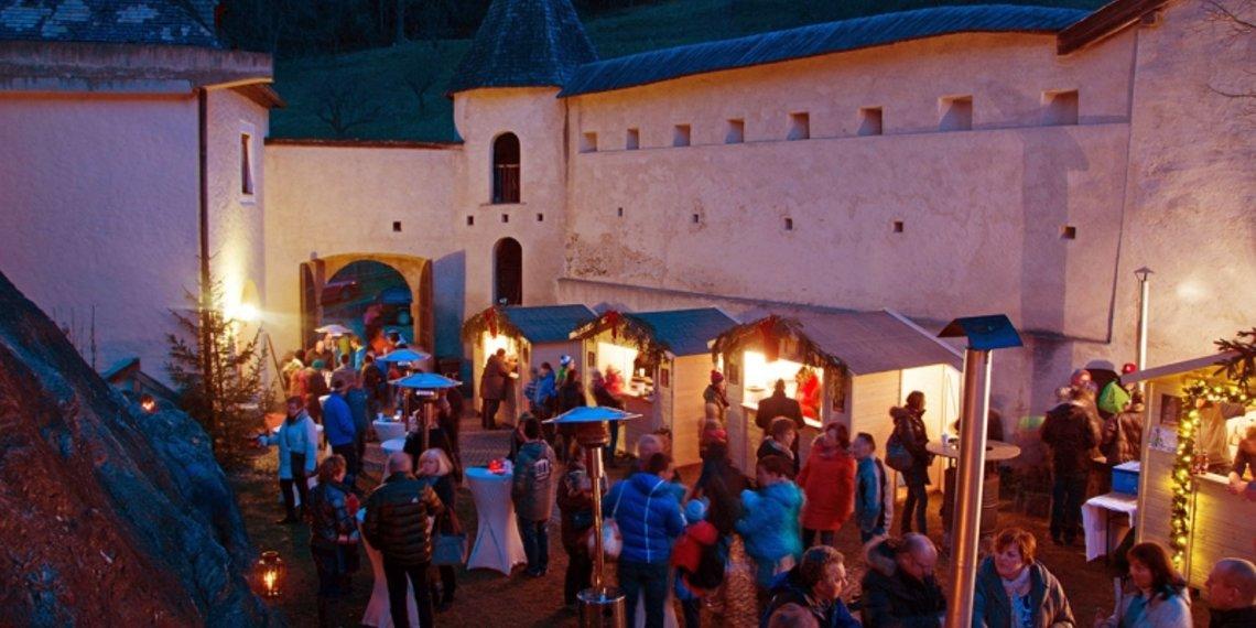 Advent im Schloss Landeck, viel Brauchtum und Tradition