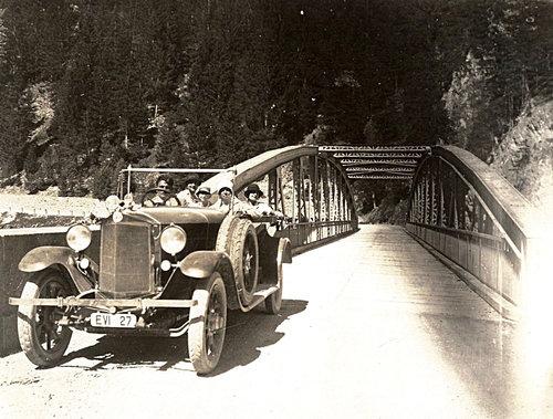 Pontlatz Brücke Auto Fliess Prutz