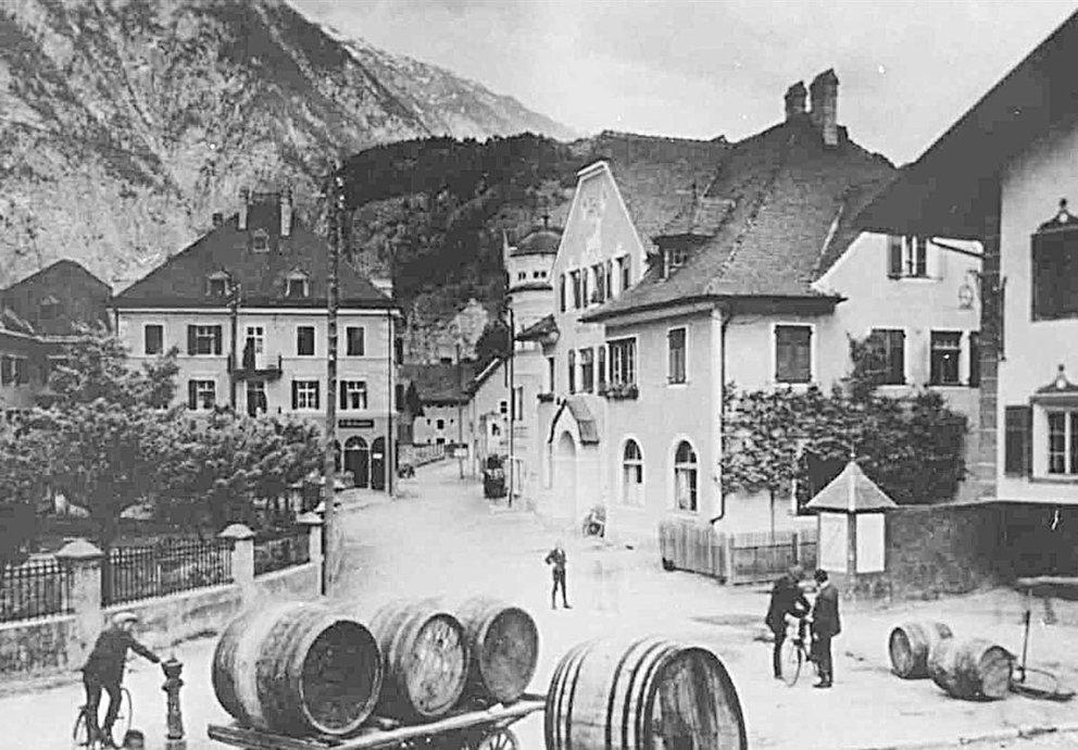 Zams Kirchplatz 1920