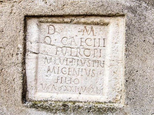 Römischer Grabstein Hochhüben Hof Partschins