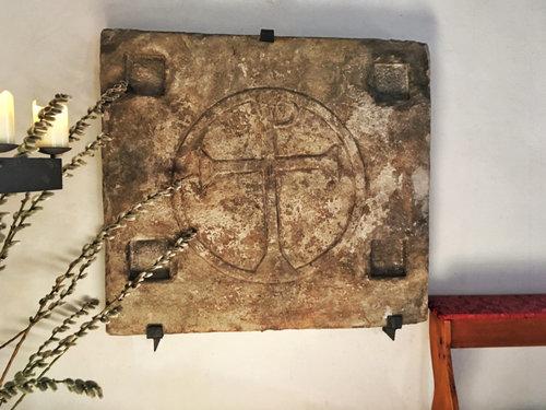 Laurentiuskirche Steinplatte Mit Dem Christus Monogramm