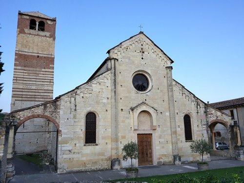 Facciata Della Pieve Di San Floriano
