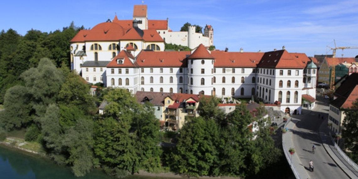 Sommer, Lech, Rathaus, Kirche, Schloss