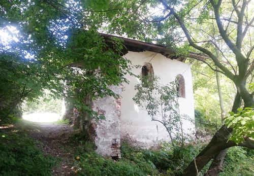 Burg Schloss Haltenberg, Verbliebenes Wirtschaftsgebäude, Foto Platschka