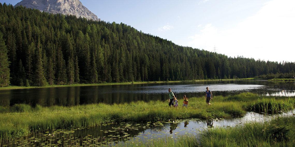 Nauders am Reschenpass Naturdenkmal Schwarzer See, Foto Martin Lugger