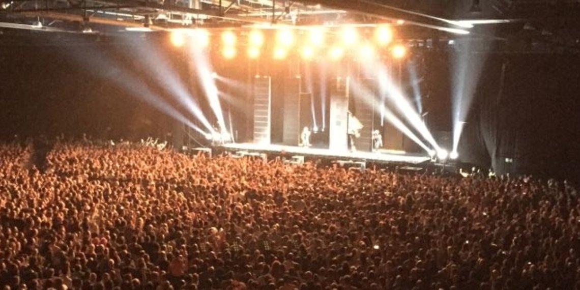 Konzert in Augsburg, Großes Publikum