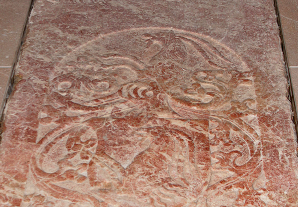 Grabplatte Oswald von Schrofenstein