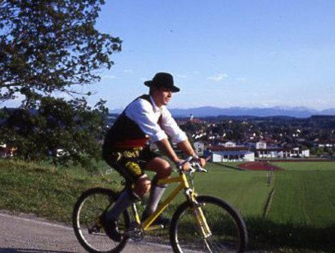 Radler in Tracht Schongau