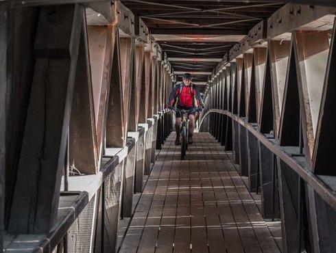 Radler Etschbrücke Algund