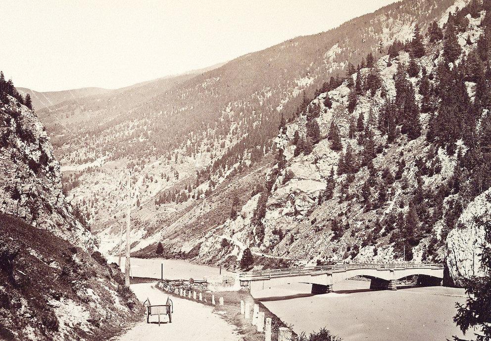 Alte Pontlatzer Brücke Mit Karren 1890