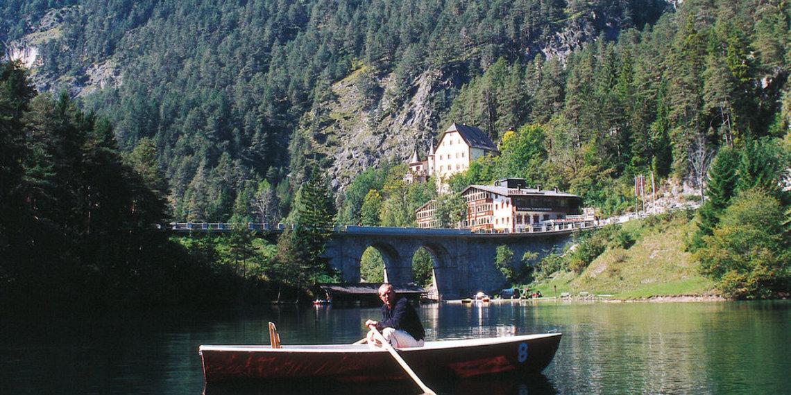 Fernsteinsee Schloss Fernpass
