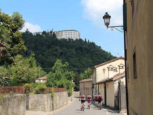 Valmareno Castelbrando breit