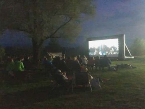 Open Air Kino. c Carola Stange