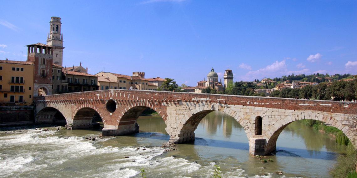 Ponte Pietra Romana Verona